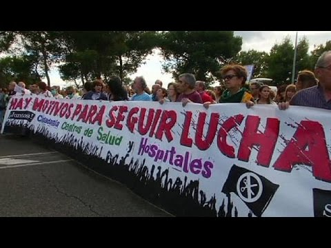 Madrid protesters call for Spain's health minister to quit over Ebola cases
