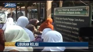 Ribuan Peziarah Padati Makam Wali Songo