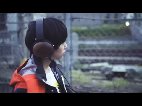 Maica_n「Dance With Me」Music Video