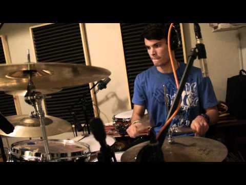 """In for the Kill"" Skrillex (Remix) Improv Drum Cover"