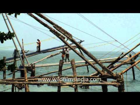 How Chinese fishing nets work