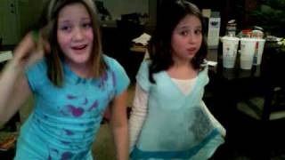 FIRST VIDEO SUBSCRIBE ~ASHTYN AND MAKENNA~
