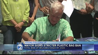 Honolulu mayor signs expanded plastic bag ban bill into law on Oahu