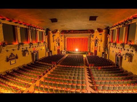 Historic Music Box Theater   Chicago