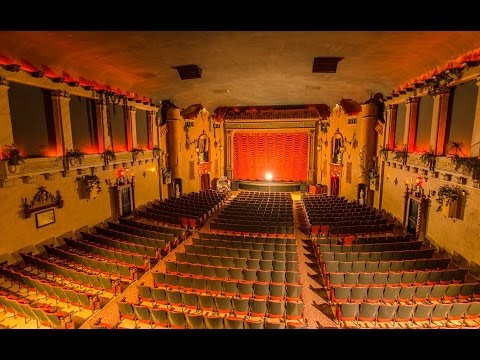 Historic Music Box Theater   Chicago