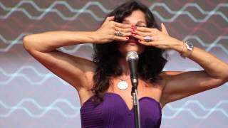 Criando Comunidades Criativas e Colaborativas | Lala Deheinzelin | TEDxJardinsSalon