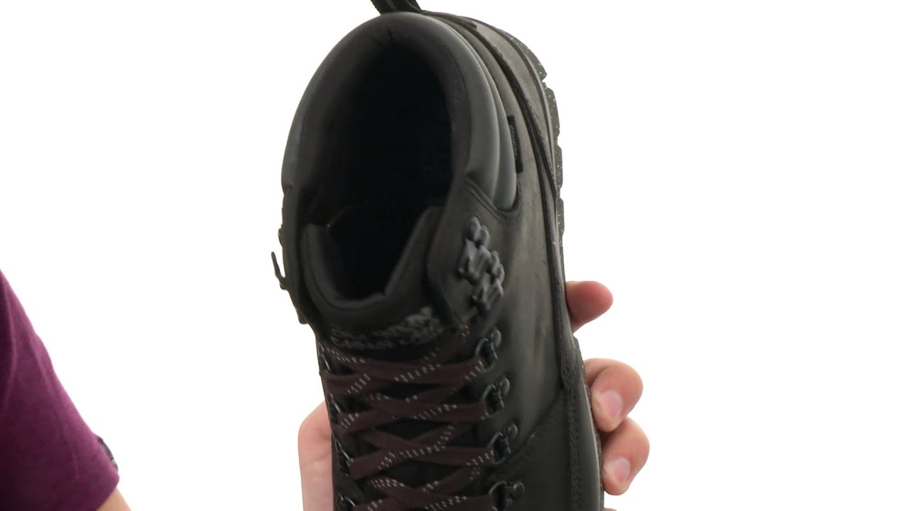 The North Face Back To Berkeley Redux Leather SKU:8555696