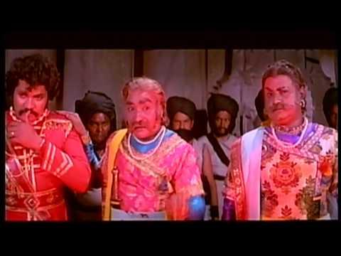 Dr Rajkumar Super Mass Dialogues Scene | Huliya Halina Mevu Kannada Movie | Balakrishan, Thoogudeepa