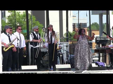 "Wanda Johnson and the Wobblers cover J Wilsons' ""Higher and Higher"""