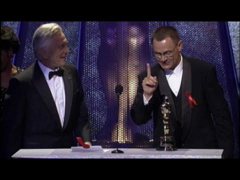 Janusz Kaminski winning the Oscar® for Cinematography for