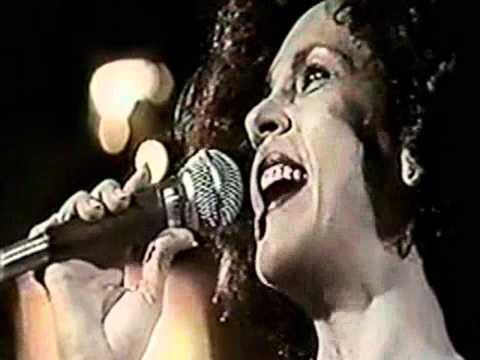 GAL COSTA - VACA PROFANA - (TV MANCHETE 1985)