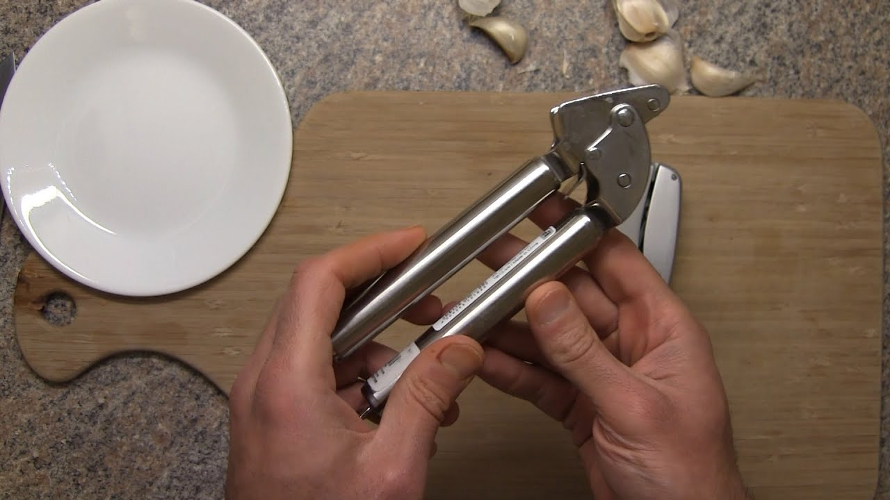 Review Of The Rosle 12782 Garlic Press