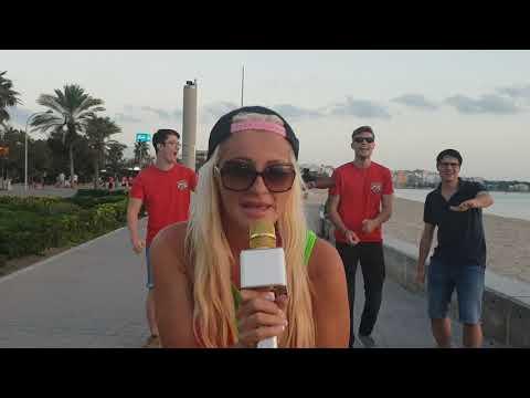 Juana Princess singt an der playa de Palma auf Mallorca und Hammer Jungs dabei :)