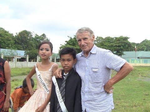HONGKONG RETRO FRIENDLY PEOPLE EXPAT LIFESTYLE PHILIPPINES