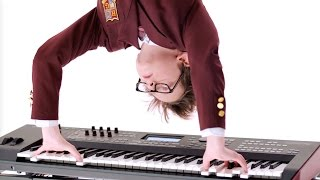 How To: Zero Gravity Keystand| SCHOOL OF ROCK: The Musical