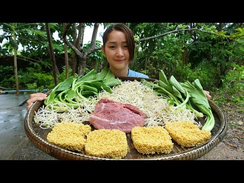 Yummy Noodle Stir Fried Beef Recipe – Noodle Cooking With Beef – Cooking With Sros