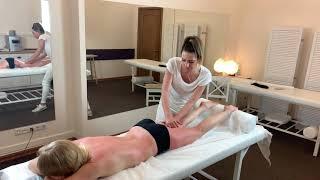 Антицеллюлитный массаж. Девушка массажист. Anticellulite massge by girl masseur