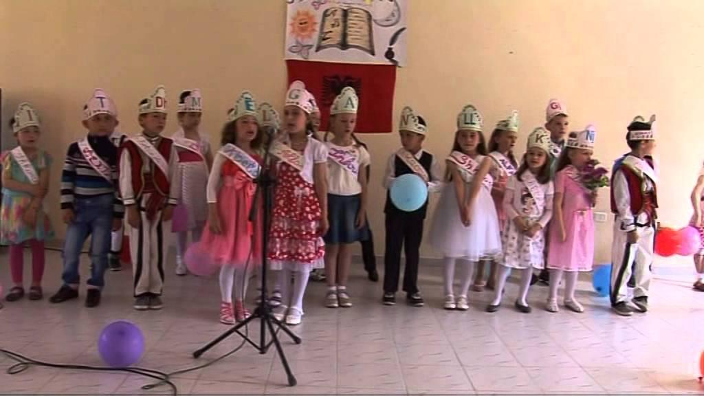 Download Nje  feste  e  vecante  Abetarje  ne klasen e Mesueses  Yllka Memaj ne Fushe Arrez