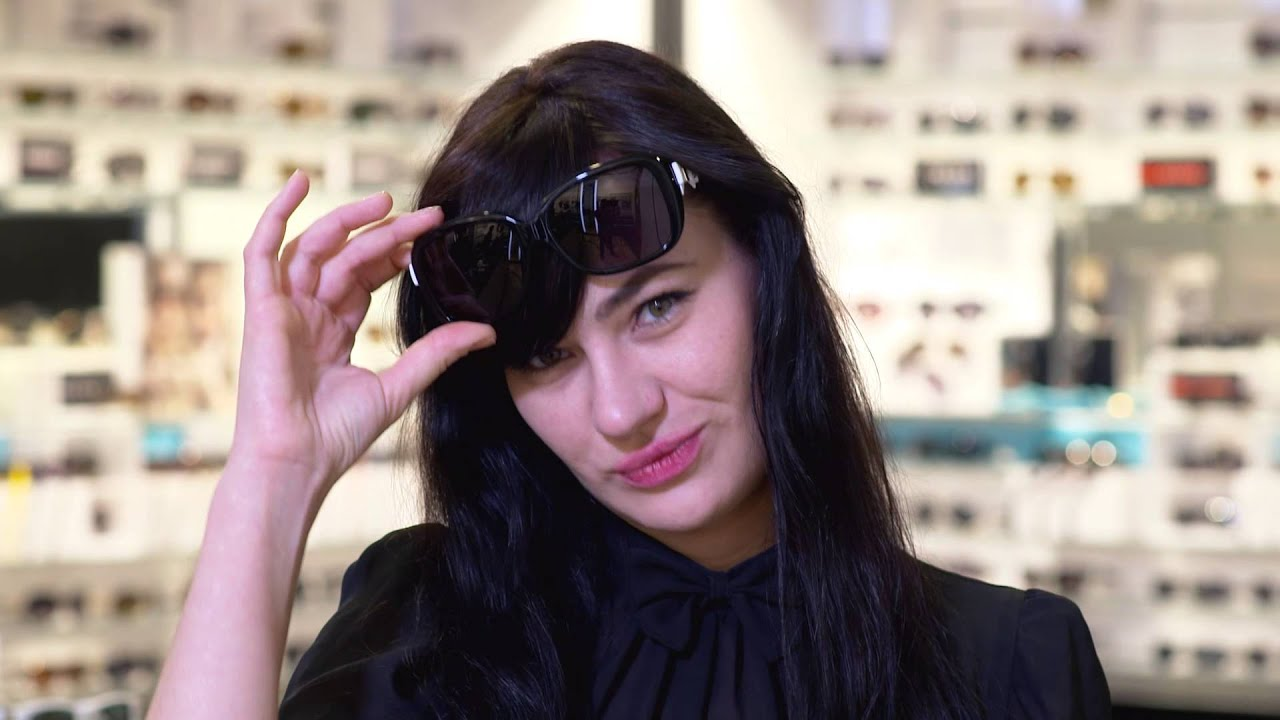 a7cefd59ea5 The Best Sunglass Style For Your Face Shape from the Experts at Sunglass Hut