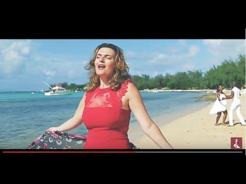 La vie en Rose - French Latino (New Album)