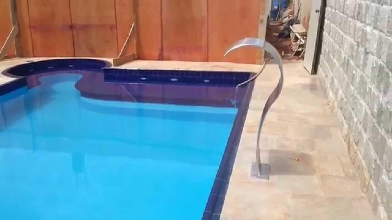 Piscina revestida na fibra de vidro com borda pool e - Piscinas de fibra ...