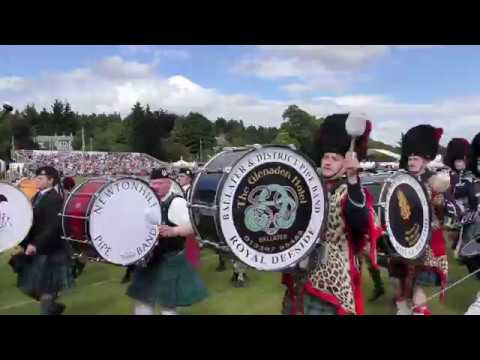 Aboyne Games 2017 - Parades by the massed bands around the highland games field