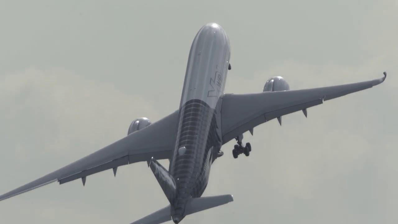 AIRBUS A350 near VERTICAL Takeoff -  ILA 2018 Airshow (HD)