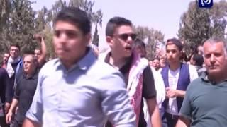 العشرات يشيعون جثمان الشهيد محمد الكسجي إلى مثواه الأخير