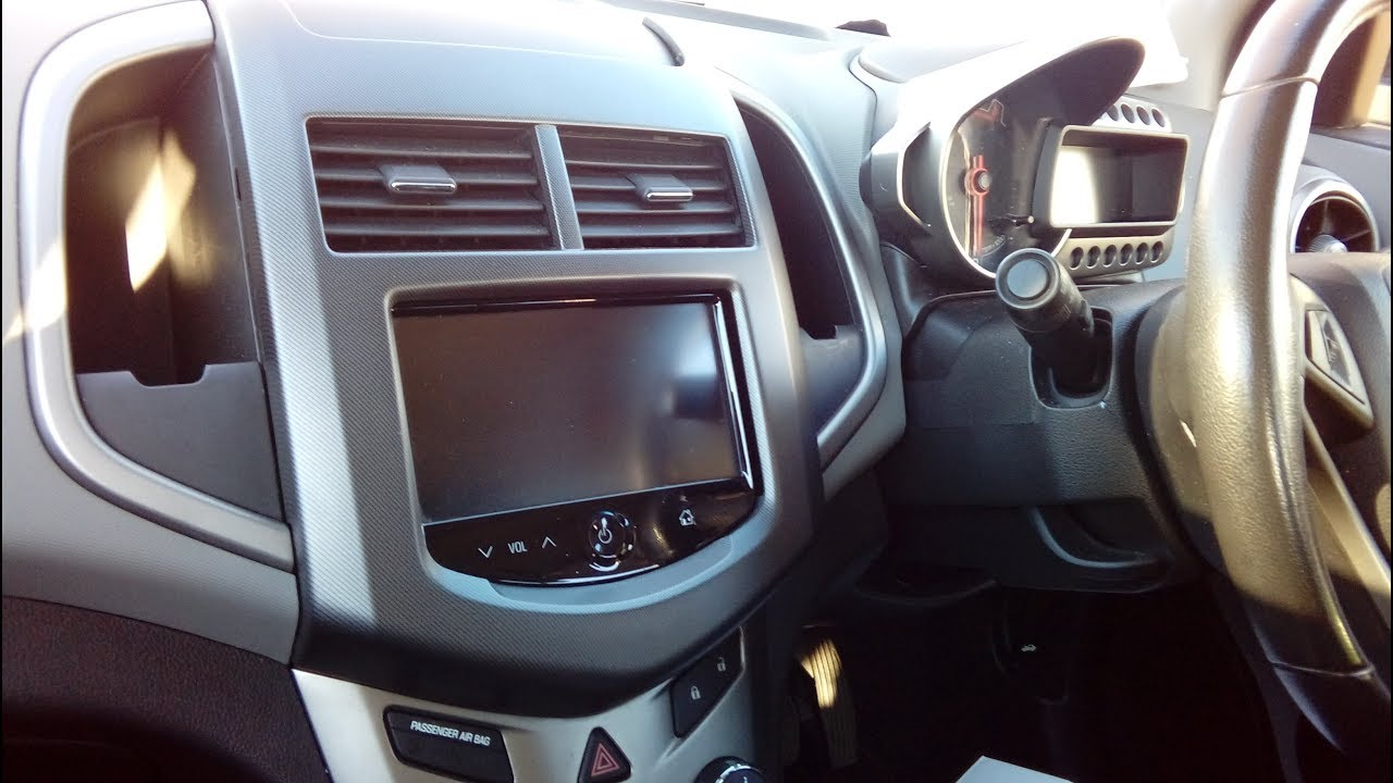 Chevy radio removal user manuals array chevrolet aveo 2012 onwards how to remove radio simple guide youtube rh youtube com fandeluxe Gallery