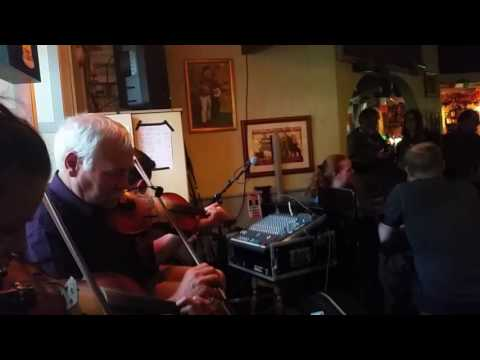 Music Quiz - Can you distinguish traditional Irish Songs?