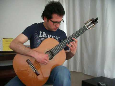 Ali Eskiocak - Fuga , BWV 1000 (J. Sebastian Bach - Edited for Guitar by Frank Koonce)