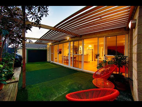 The Tomlin Waller home is for sale in Doubleview, Perth