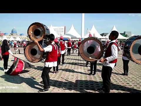 Akad - Payung Teduh (Drum Band Cover) di Engku Putri Batam