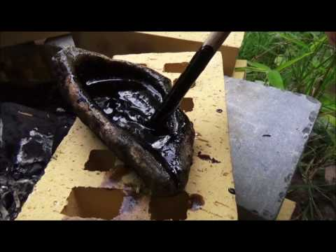 hafting / coating a flint tool with bitumen (from Versailles Chateau)  + pine resin + beeswax