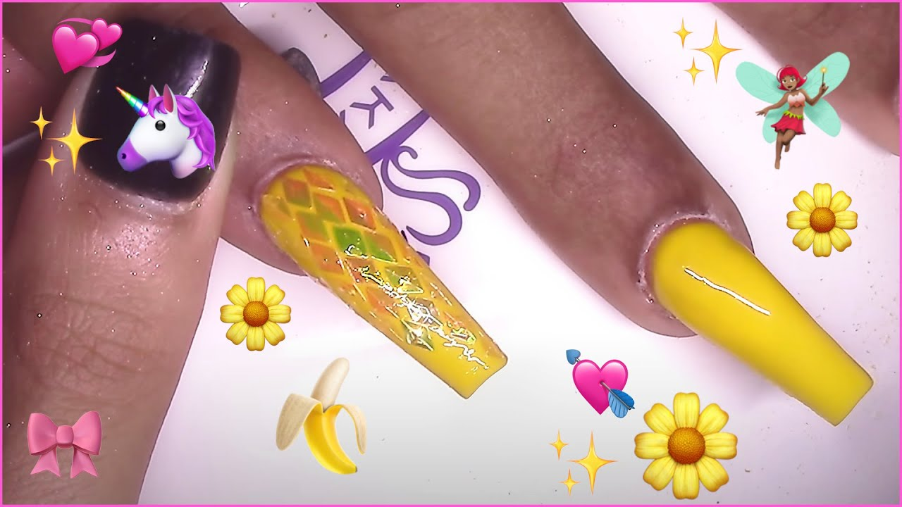Femi Beauty: Twinkle Star and Moon Acrylic Nails Redesign