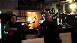 Сербия. Живая музыка в кафе-ресторане. Тамбураши и старая городская музыка))
