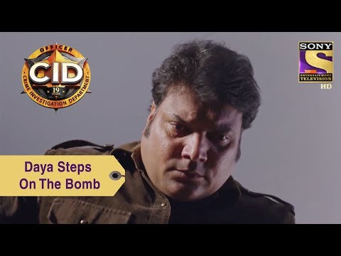 Your Favorite Character | Daya Accidentally Steps On The Bomb | CID