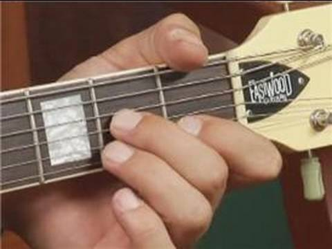 Play D7 Chord on the Top Guitar Strings: Root Position : Guitar ...