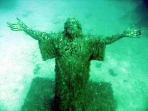 Nero's Day at Disneyland - Human Artifacts Found Underwater, Best Dressed Lists