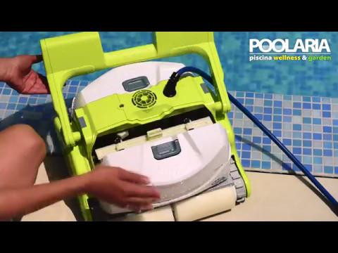 Robot limpiafondos dolphin logic eco para piscinas youtube - Robot para piscinas ...