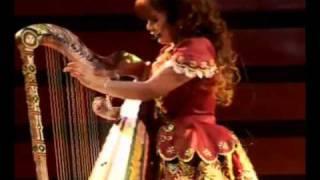 Laurita Pacheco  - El huayno con arpa IV thumbnail