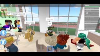 Roblox//Playing Roblox Fitness Center!