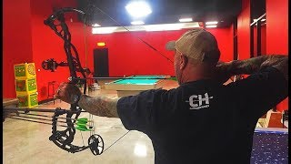 Joe Rogan vs Cameron Hanes Indoor Bowhunting Competition