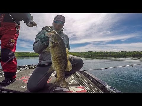 Cody Meyer Crushes Smallmouth on Beaver Lake