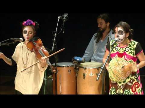 Día de los Muertos Festival 2015 - Quetzal