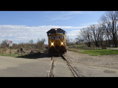 Job 32, Repo Train! Railfanning Cedar Rapids, IA 4-3-16