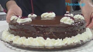 Τhecook.gr - Τούρτα σοκολάτα με μασκαρπόνε και βύσσινο