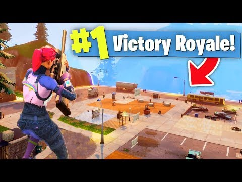DESTROYING Every Building in TILTED TOWERS (Fortnite)