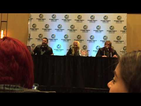 11/20/2015 - Wizard World Reno Q&A: Charlotte Reveals Who She's Most Attracted To thumbnail