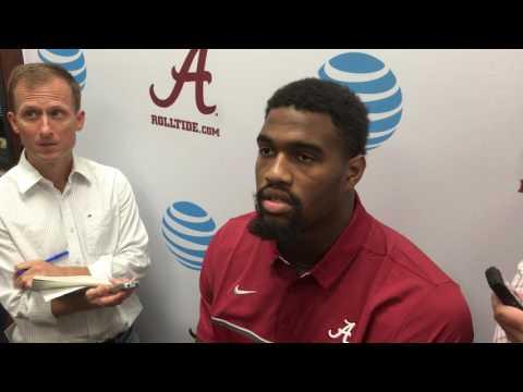 Alabama defensive lineman Jonathan Allen